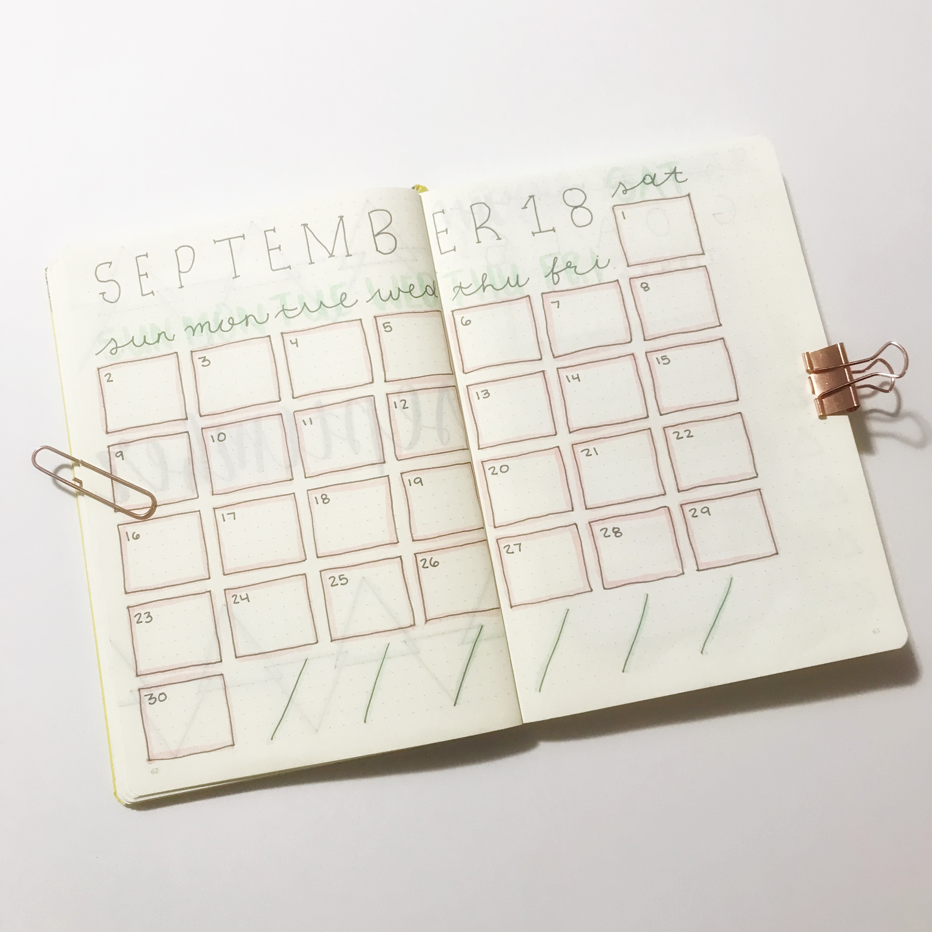 | SEPTEMBER PLAN WITH ME | Bullet Journal Setup, Monthly Bullet Journal, Bullet Journal Layout, Monthly Layout, Habit Tracker, Mood Tracker, Expense Tracker, Plan With Me