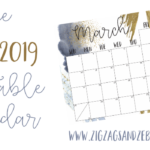 FREE MARCH 2019 PRINTABLE CALENDAR. Download your free navy & gold March 2019 printable today! Use as an editorial calendar, meal planner, or for any type of planning! #plannerprintable #calendarprintable